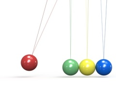 SEO. Newtons Cradle in 4 colors.